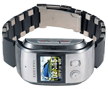 Samsung-Watch-Phone-01