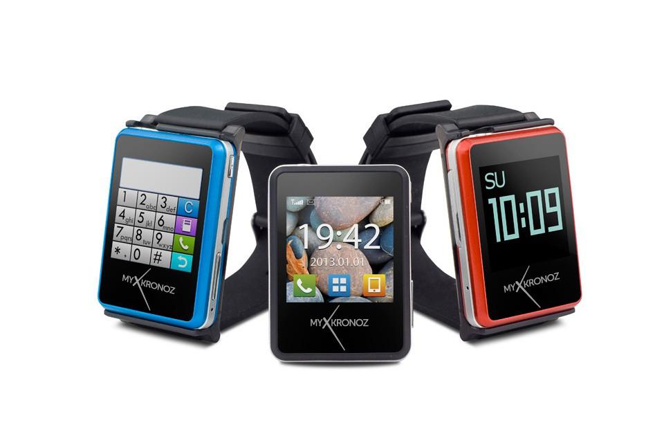 Cette image présente la smartwatch ZeNano de MyKronoz, l'horloger suisse, qui souhaite lui aussi se lancer sur le marché de la wearable tech avec cette smartwatch