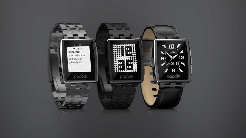 Cette image présente la nouvelle smartwatch présenté au CES 2014 de Las Vegas, la Pebble Steel, sous ses 3 coloris et bracelets proposés