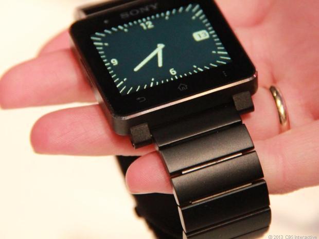 La nouvelle version métalisée de la smartwatch 2 de Sony est enfin sortie en Europe